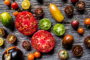 sliced brazilian tomatoes